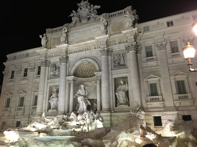trevia fountain, rome, roma, italy, travel, travel blog, adventure
